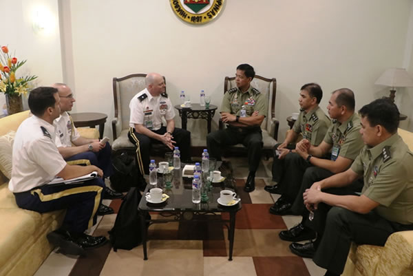 USARPAC Deputy Commanding General  pays courtesy call to Army Chief